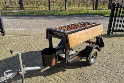 Grand Lux Barbecue aanhangwagen 2 x Europa 6 brander